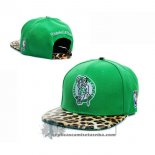 Gorra Celtics New Era Fifty Verde Leopardo